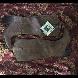 FRYE Distressed Jackie Button Riding Boots 5.5